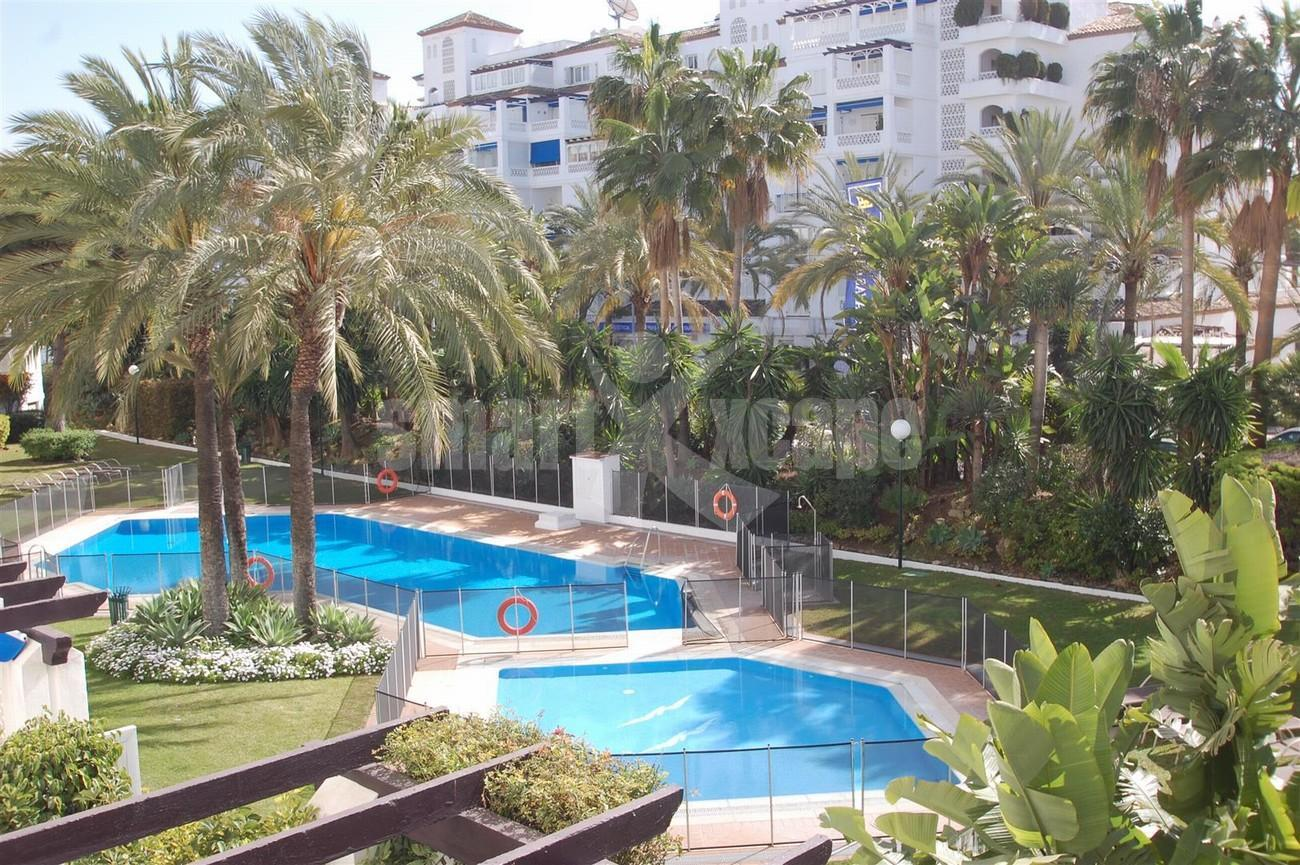 A5336 Apartment Puerto Banus 8 (Large)