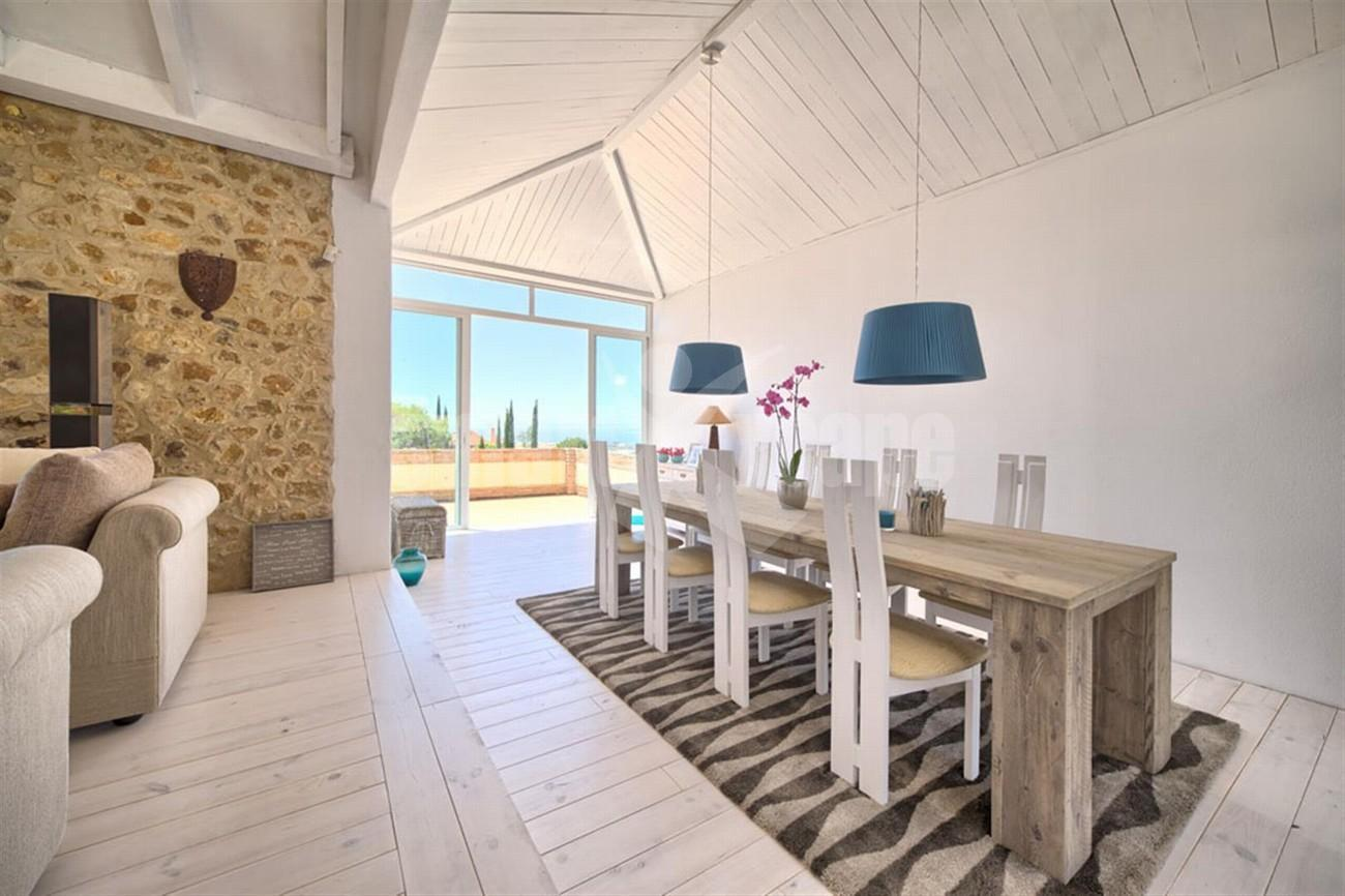 V5430 Rustic style villa with panoramic sea views 11 (Large)