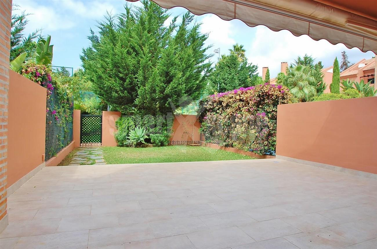 TH5427 Beachside townhouse Marbella 2 (Large)