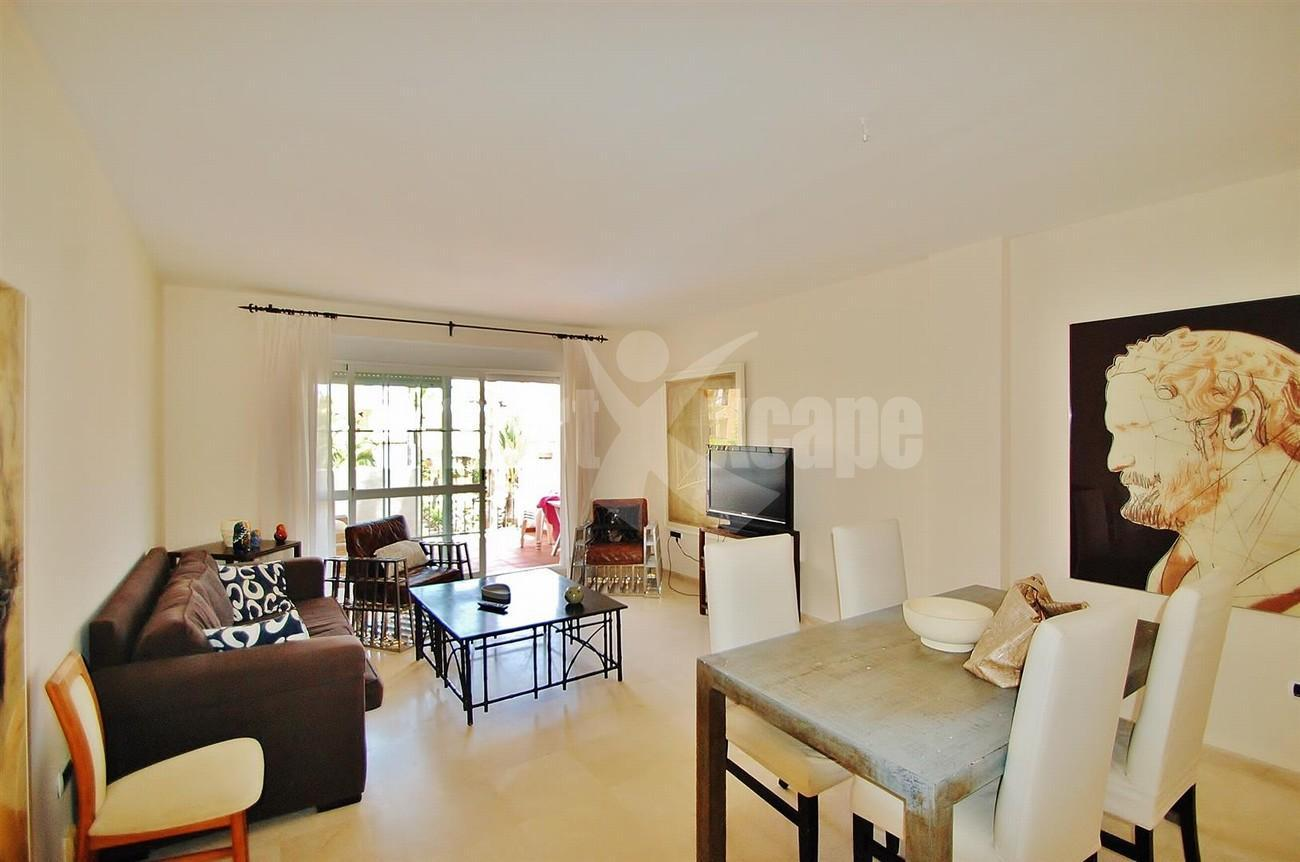A5407 Spacious Apartment Marbella (6) (Large)