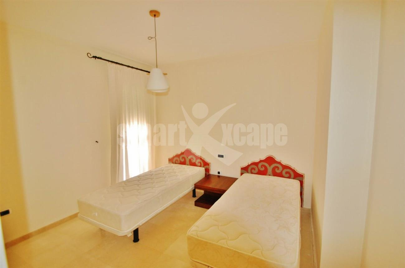 A5407 Spacious Apartment Marbella (4) (Large)