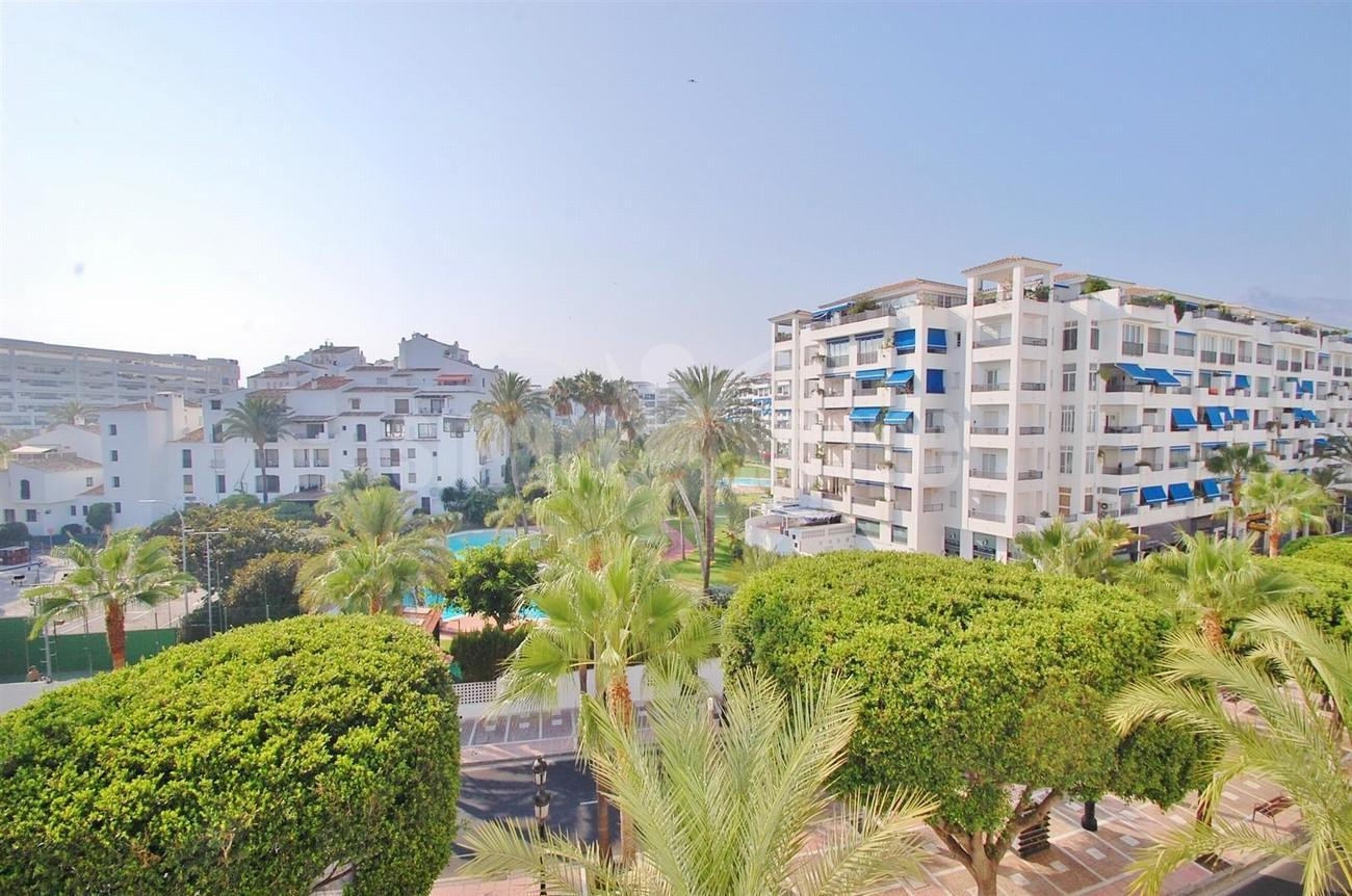 A5407 Spacious Apartment Marbella (12) (Large)