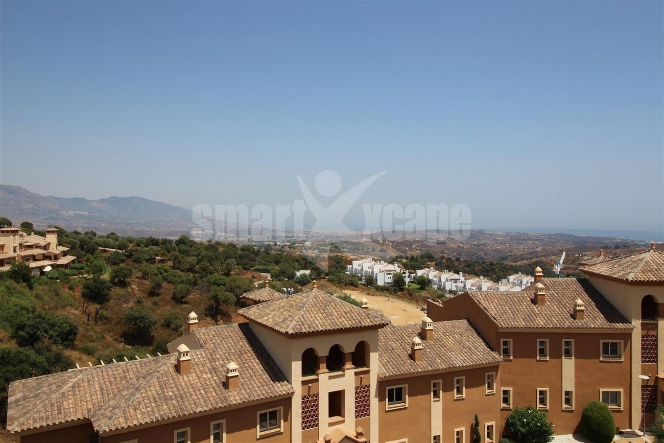 A5418 Apartment with stunning views 6 (Large)