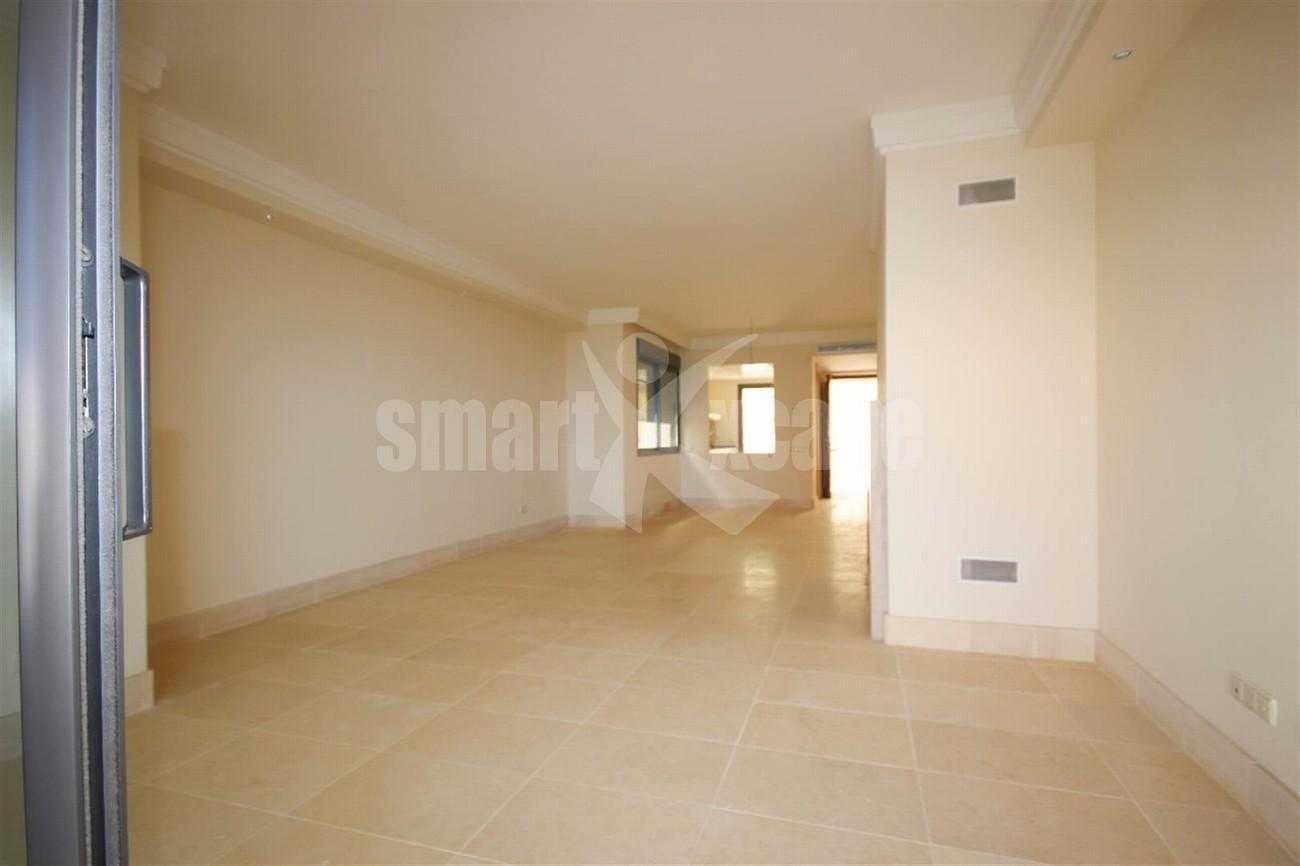 A5423 Luxury apartment Marbella 8 (Large)