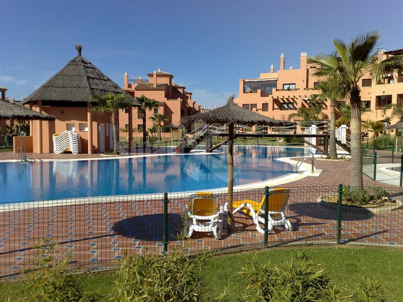 Apartment for Sale - 350.000€ - New Golden Mile, Costa del Sol - Ref: 5441