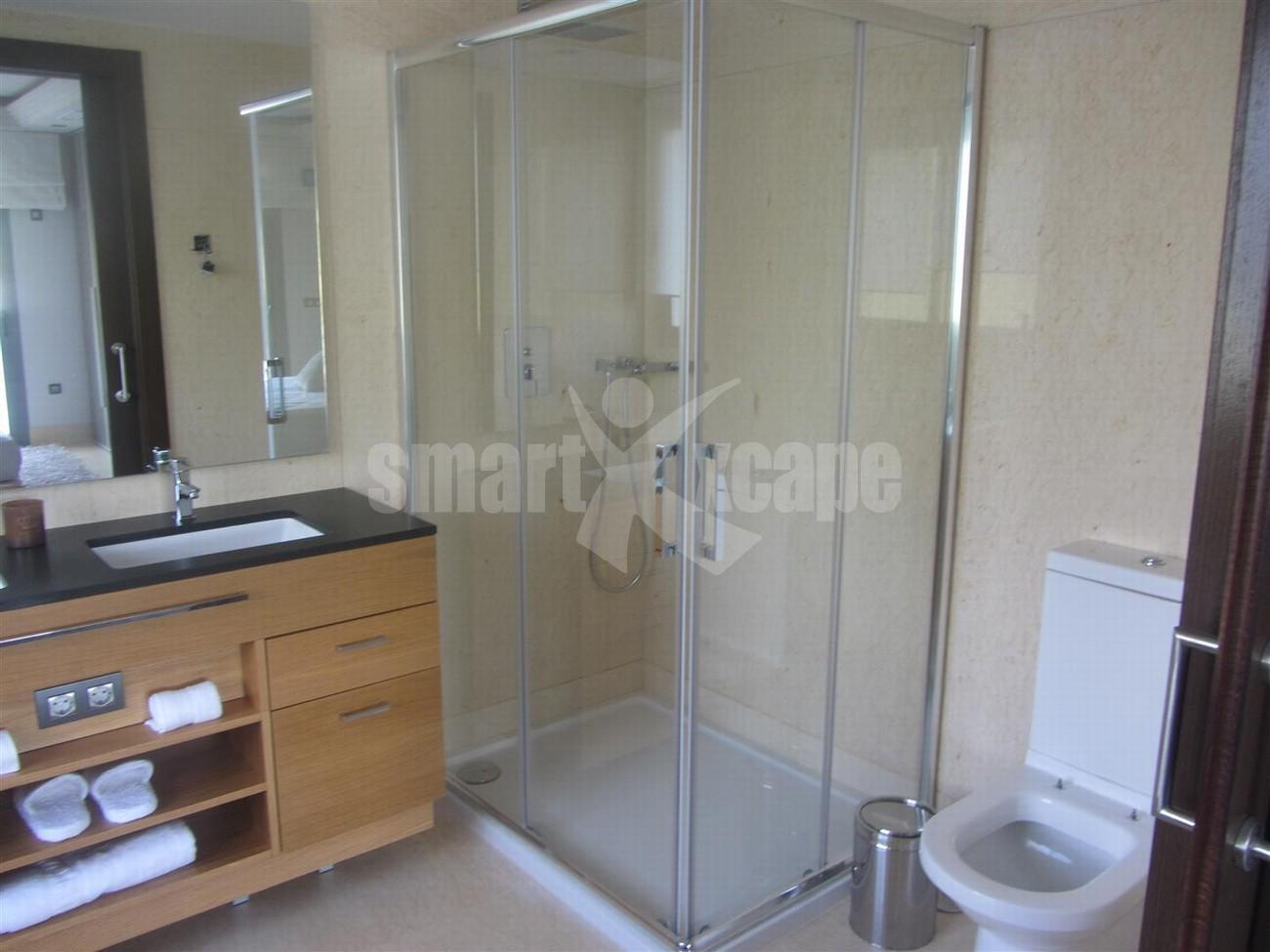A5438 Luxury golf apartment 12 (Large)