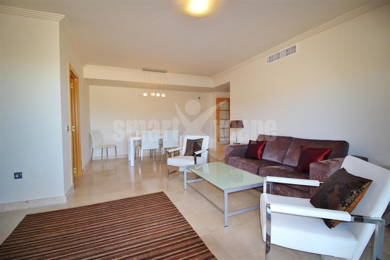 A5469 Luxury Apartment on Golf Course & Sea View 3