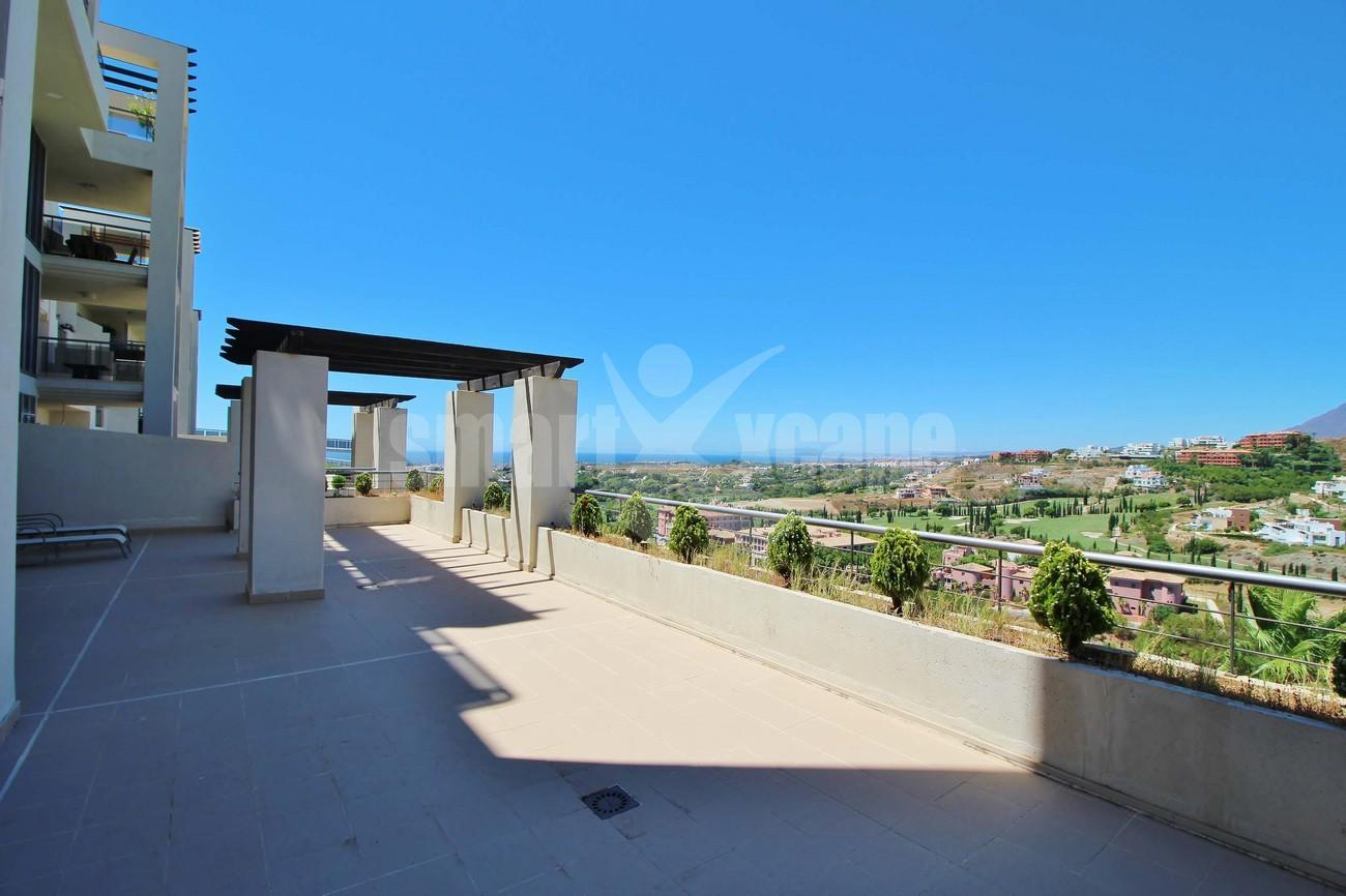 A5469 Luxury Apartment on Golf Course & Sea View 11
