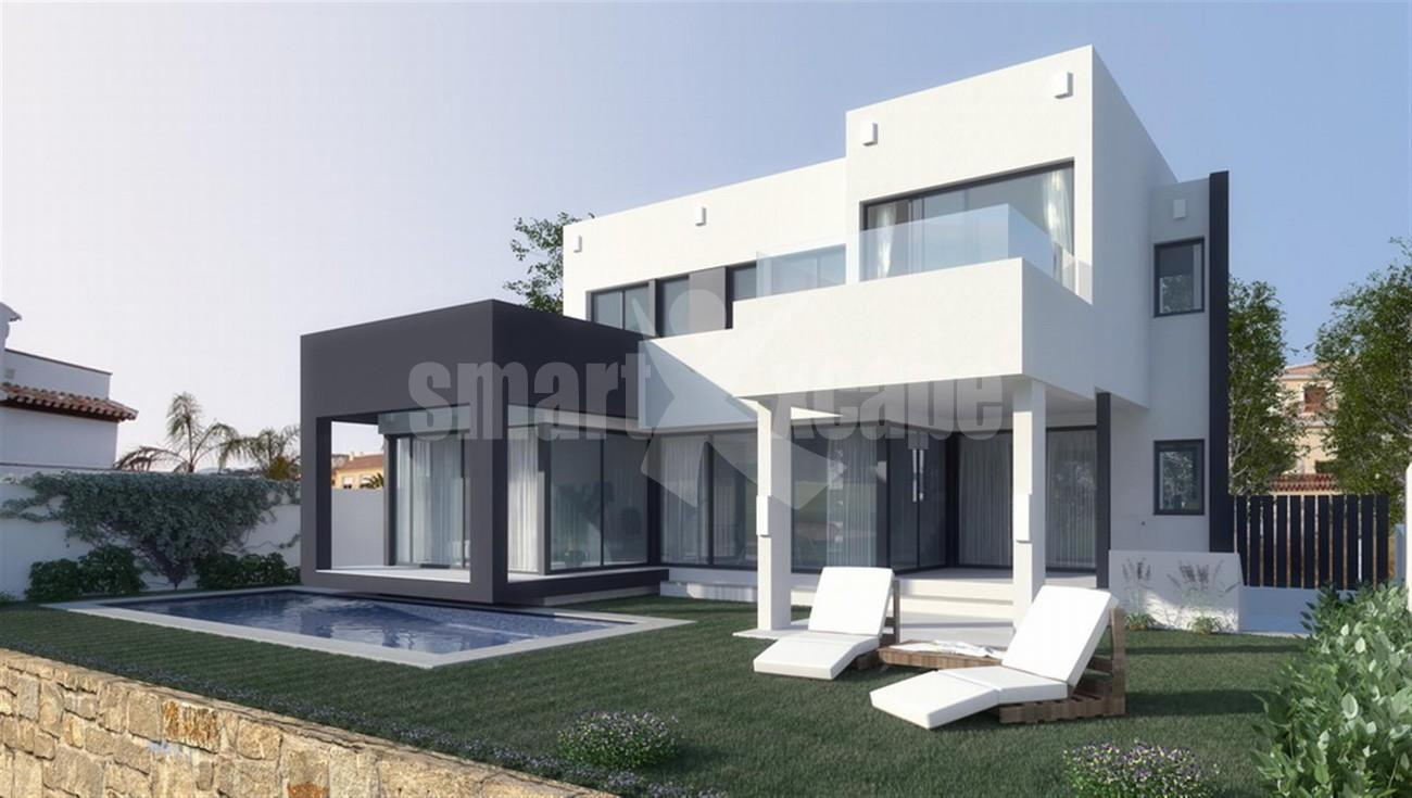 Villa for Sale - 680.000€ - Mijas Golf, Costa del Sol - Ref: 5485