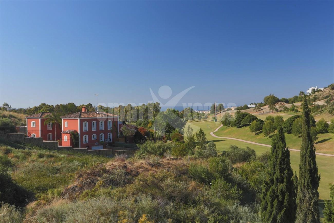 V5497 Frontline golf villa Benahavis 8 (Large)