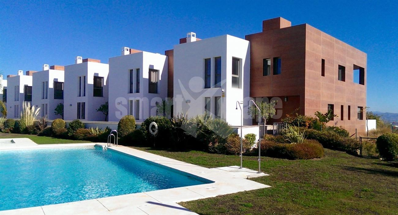 TH5550 Contemporary townhouse Benahavis 1 (Large)