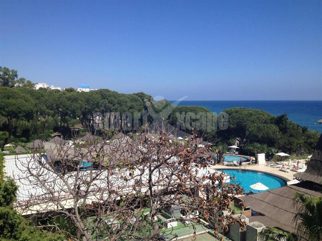 A5580 Frontline beach apartment Marbella 5 (Large)
