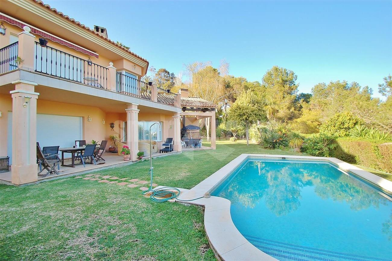 Villa East Marbella For Sale Spain (2) (Large)