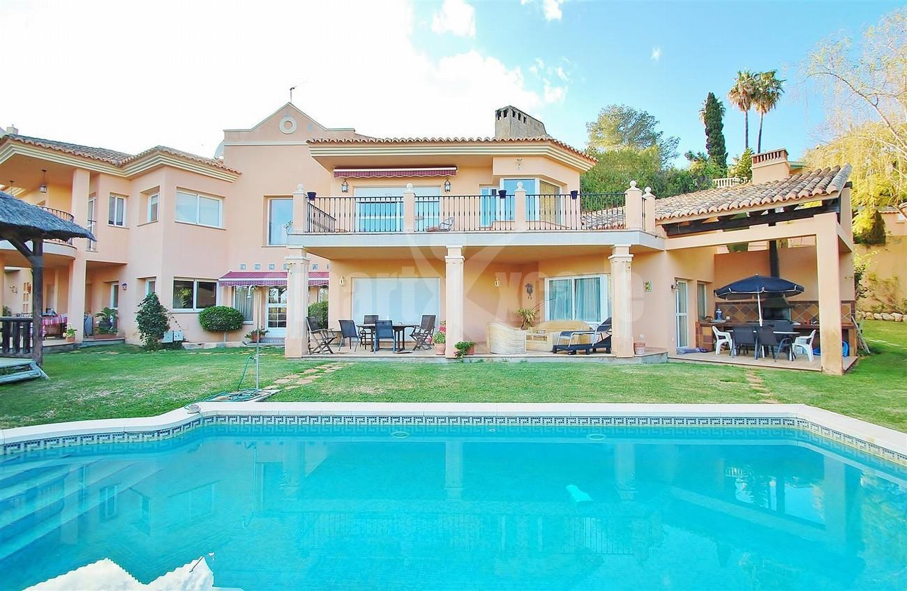 Villa East Marbella For Sale Spain (12) (Large)