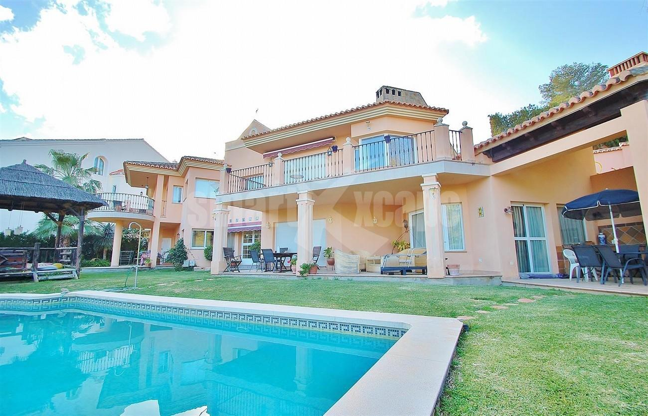 Villa East Marbella For Sale Spain (3) (Large)